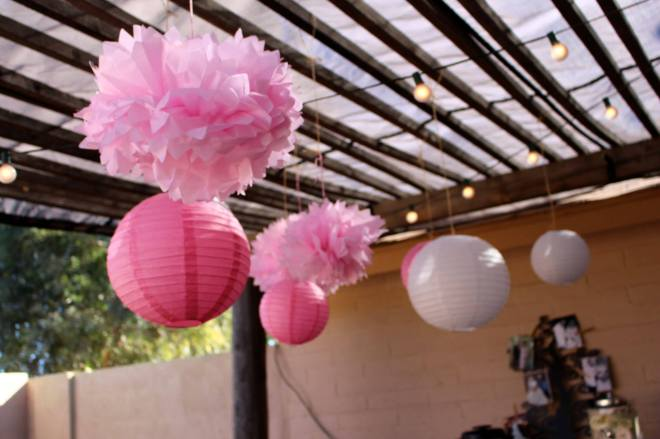 Bridal shower, decorations